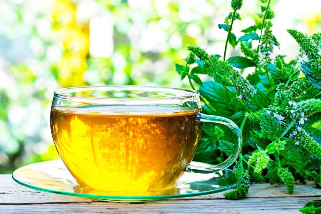 What are the proven health benefits of drinking tea?