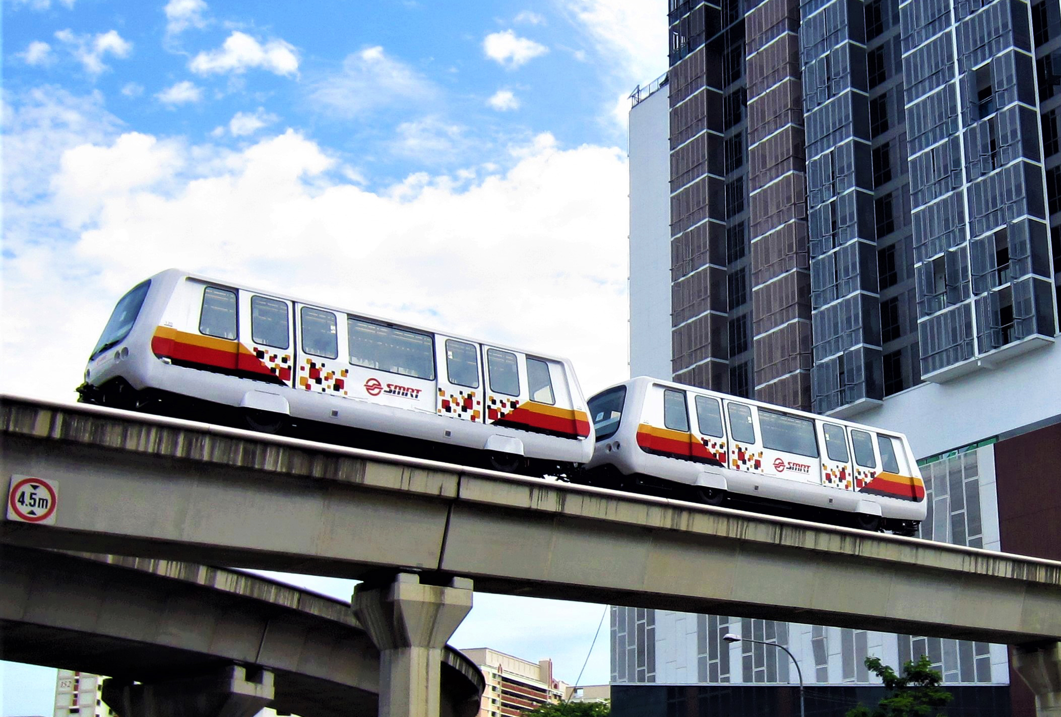 TRAIN FARES IN SINGAPORE ARE VERY AFFORDABLE