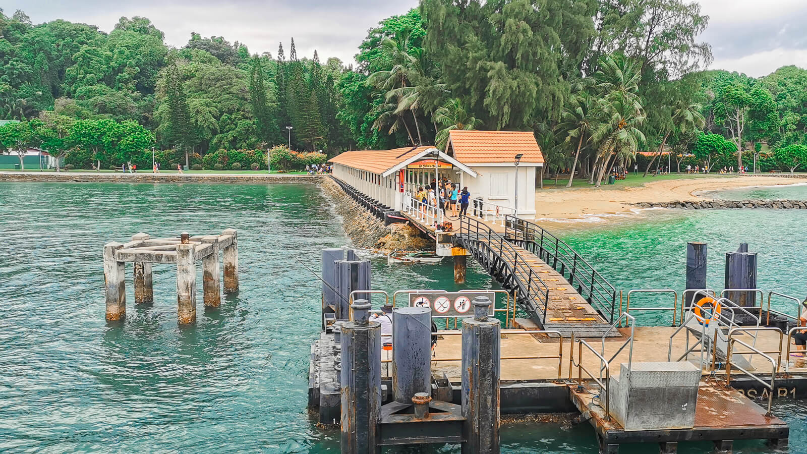 The Best Fun & Free Things to Do in Singapore