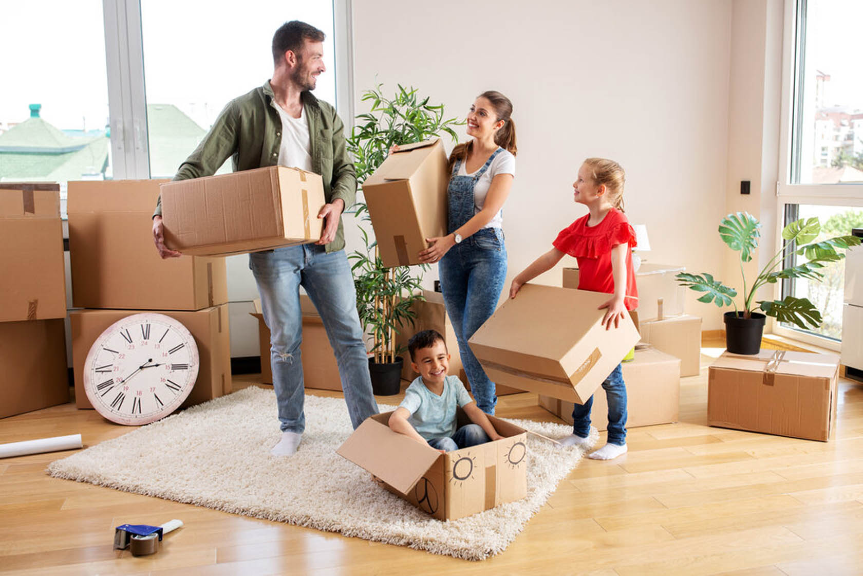 5 Tasks Best Left to Professional Removalists When Relocating