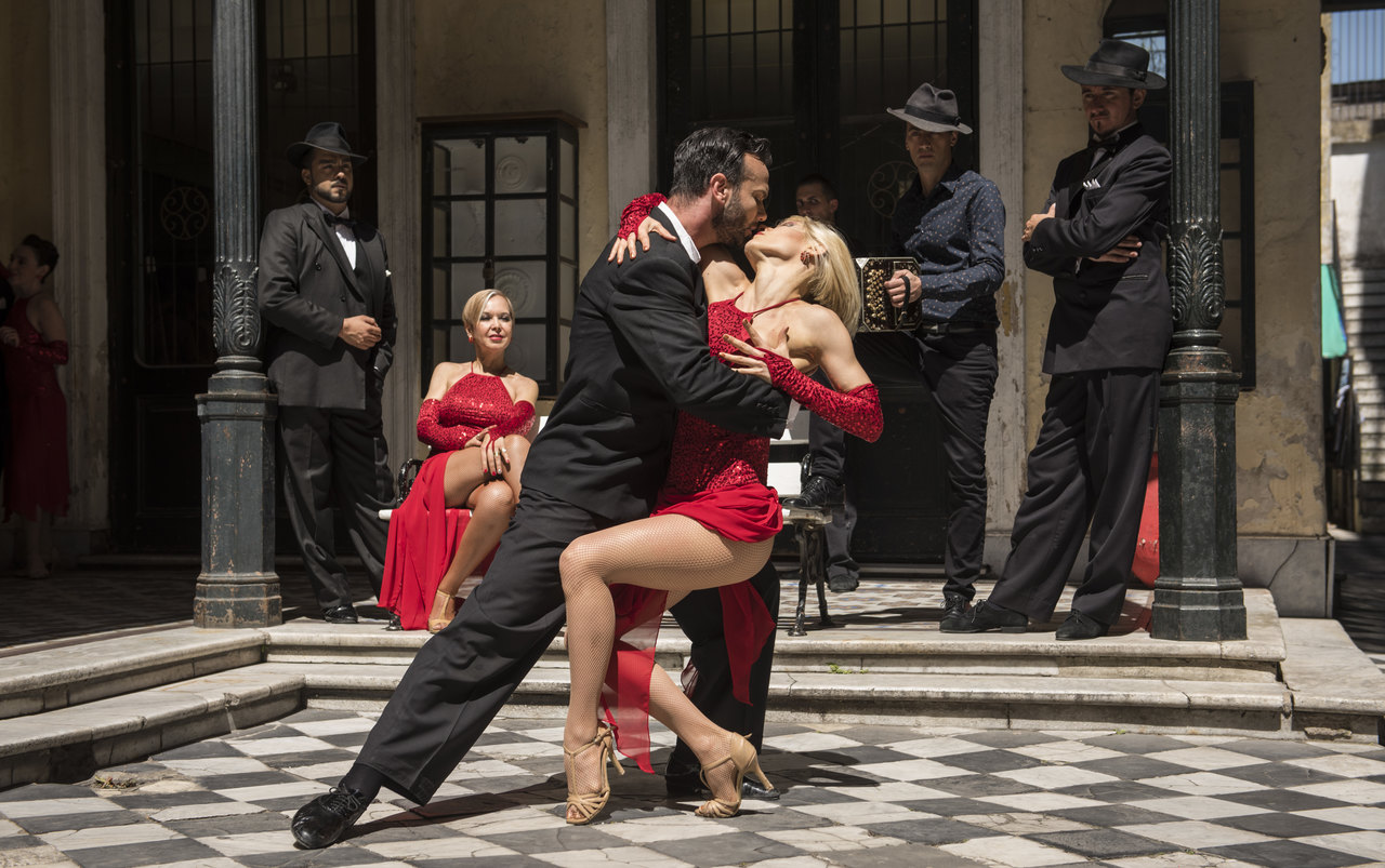How Beginners Can Enjoy the Healing and Empowering Experience of Argentine Tango?