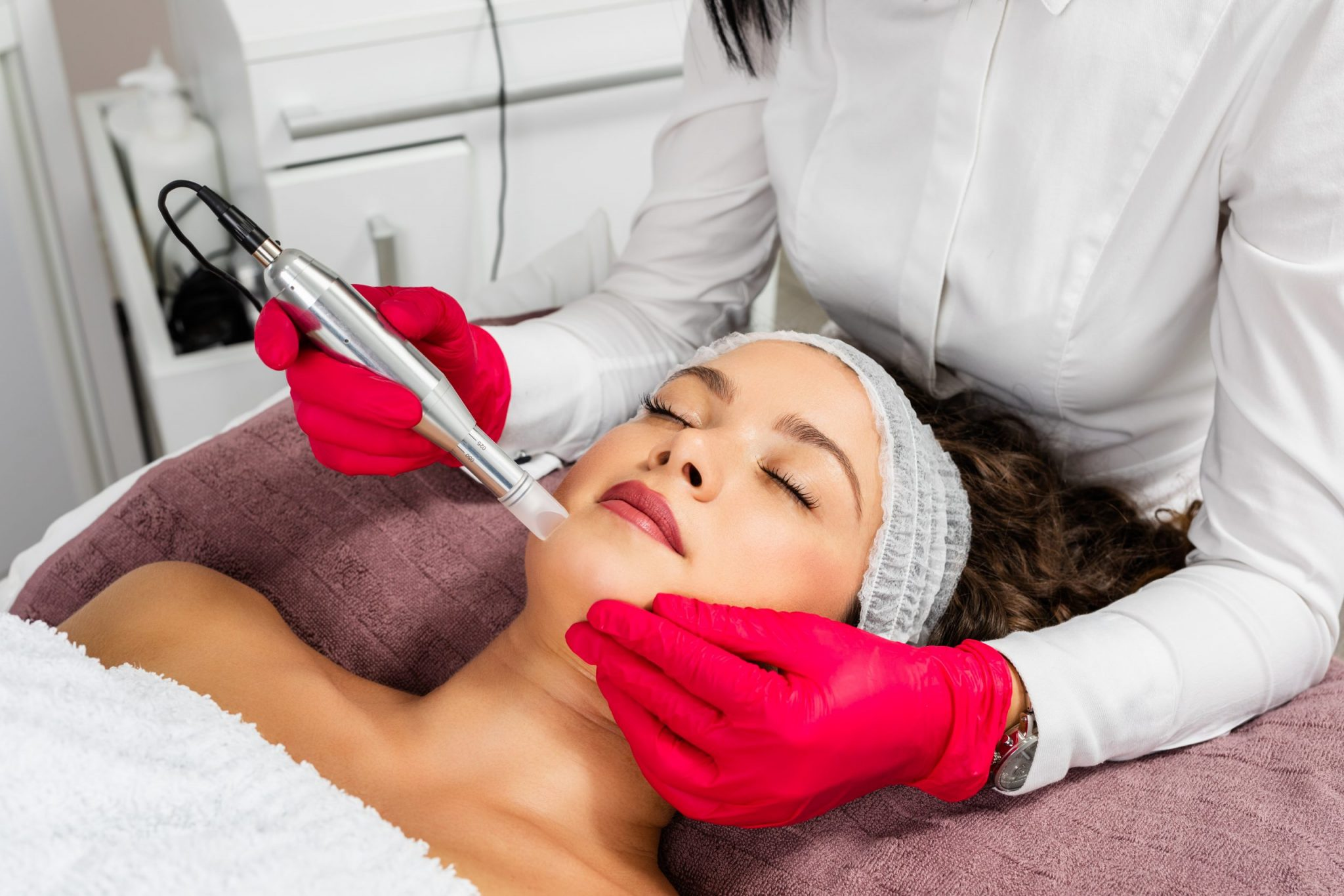How-many-PRP-treatments-are-needed-for-face-scaled
